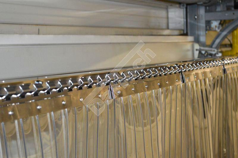 Bordás PVC függöny felfüggesztése