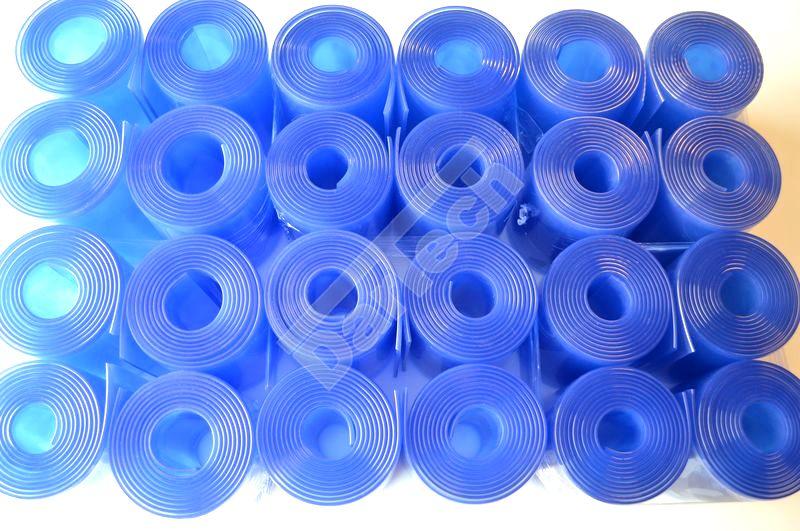 Kék árnyalatú PVC szalagok